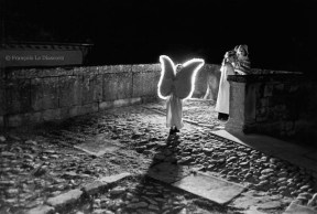 Ref ANGEL 11 – Illuminated solitary angel, Christmas pageant, Grignan village, France
