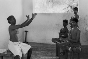 Ref India 15 – Lesson in Kathakali dance, Cheruthuruthy