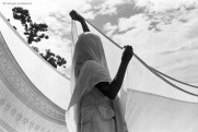 Ref India 18 – Woman drying her sari. Rishikesh