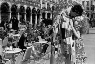 Ref VENICE 11 – Costume from a Klimt painting. Venice carnival
