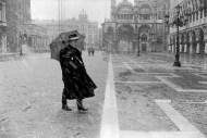 Ref VENICE 13 – Man on a snowy day in Venice