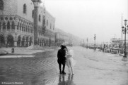 Ref VENICE 7 – Couple in the snow during the carnival