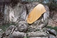 Ref BUDDHA 15 – Buddha holding his head, Ayuthaya, Thailand